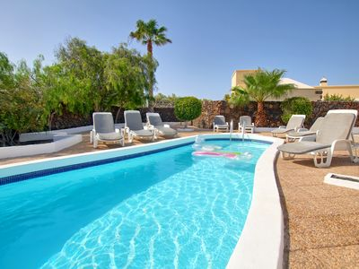 Photo for Great Location, WIFI, Hot Tub, SKY Sports,  Air Conditioned, H pool, Pool Table