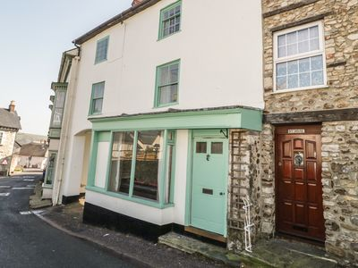 Photo for BULLS COURT HOUSE, pet friendly in Colyton, Ref 958925
