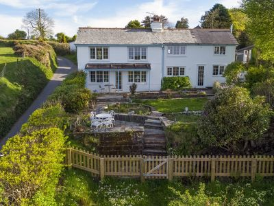 Photo for Spacious holiday home with amazing views across natural surroundings