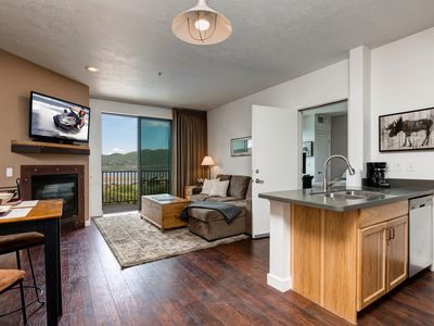 Photo for Newly Furnished King Bed! 3min to DeerValleyGondola! 3 Hot Tubs- Full Kitchen