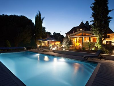 Photo for Perigord house with heated pool in Sarlat
