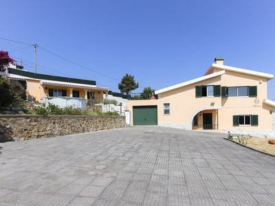 Photo for Amazing villa with pool and car park included