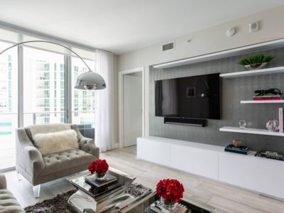 Photo for Pristine remodeled condo in a beautiful building!
