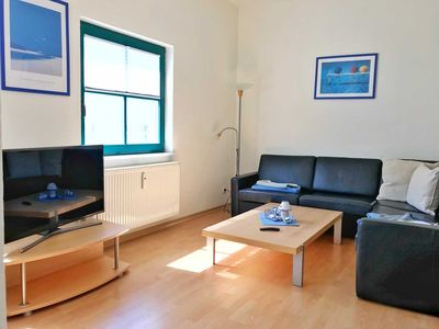 "Photo for Apartment 2 - 100sqm - rear building 4 people - Sassnitz - ""House Georgina"" - RZV"