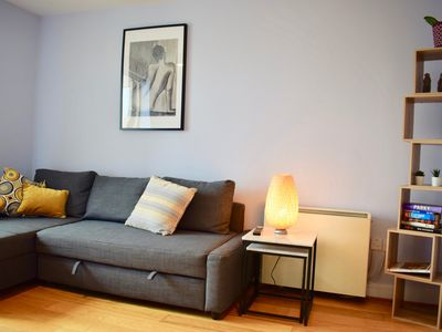 Photo for 1 Bedroom Apartment In Dublin City Centre - One Bedroom Apartment, Sleeps 4