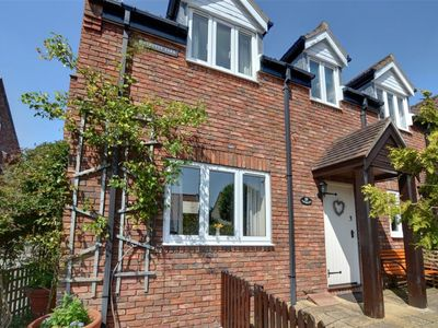 Photo for Primrose Cottage - Two Bedroom House, Sleeps 5