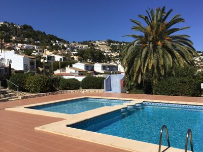 Photo for Charming semi-detached bungalow with sea views and communal pool in Moraira