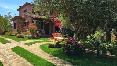 Photo for Splendid Costa Smeralda style villa with a beautiful garden