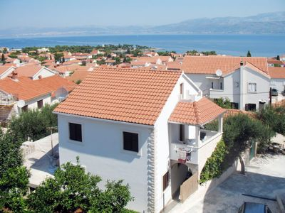 Photo for Apartment Ana (BRC100) in Brač/Splitska - 5 persons, 2 bedrooms