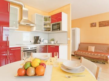 Search 302 holiday lettings