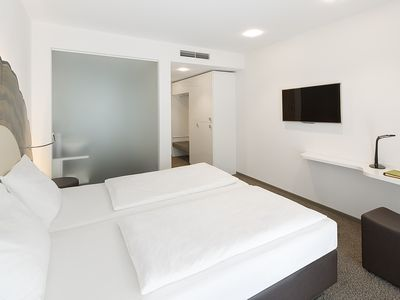 Photo for Comfort double room with balcony - TAOme - Feng Shui Stadhotel Breisgau
