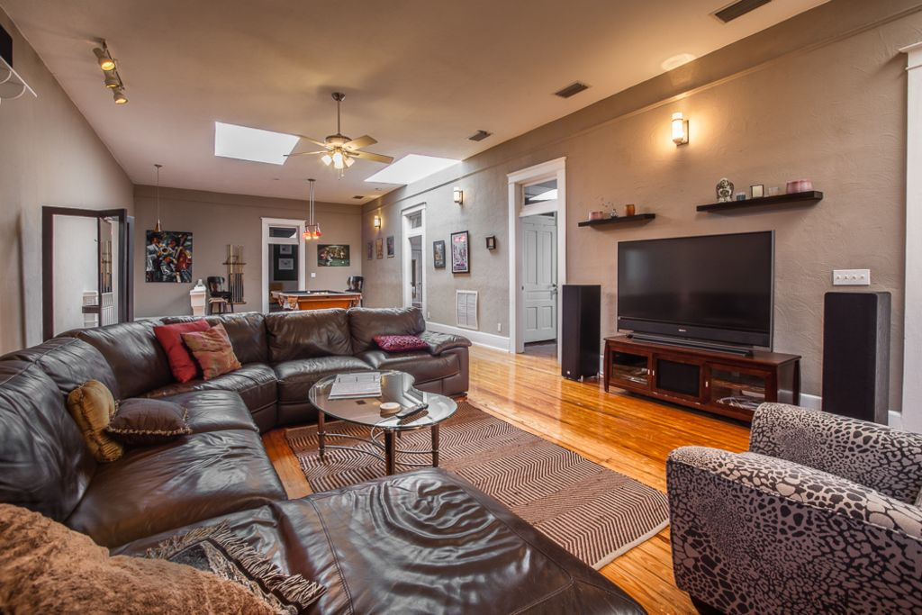 Penthouse In The Heart Of Historic Ybor Cit