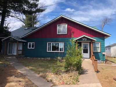 Photo for Large cabin suitable for multiple families on Big Round Lake
