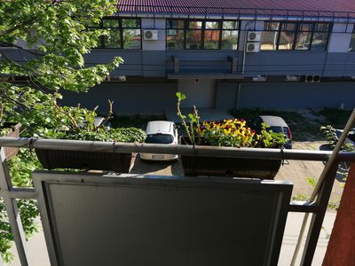 New and quiet apartment in quiet street. Great location near city centar. Spacey