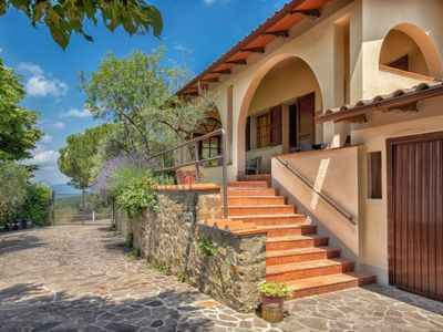 Photo for Vacation home Querceto in Loro Ciuffenna - 12 persons, 6 bedrooms