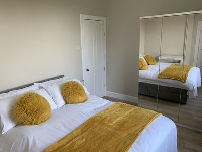 Photo for Leith Links Luxury Central Apartment ✰ Sleeps 6