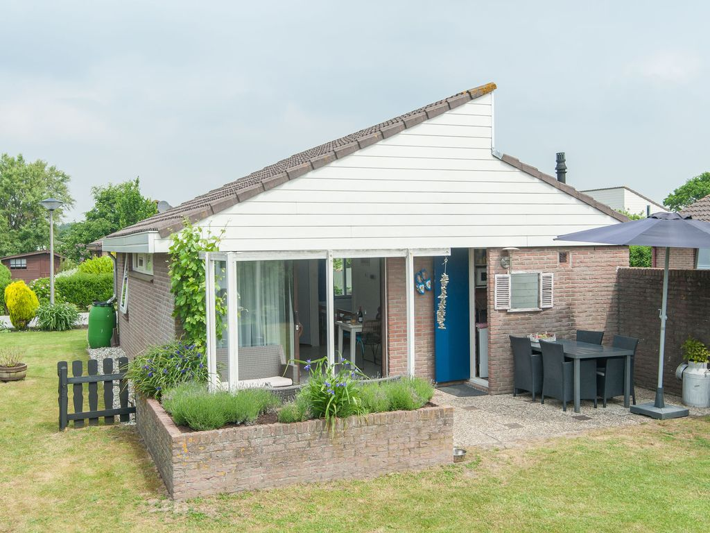 Well-maintained, detached bungalow, with a ... - HomeAway
