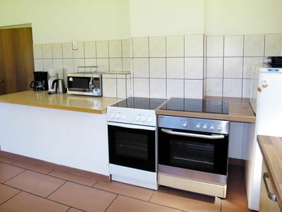 Photo for Lovely apartment for 28 people with WIFI, balcony, pets allowed and parking