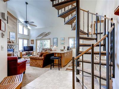 Photo for Amazing ski-in/out unit with lots of windows and mountain view