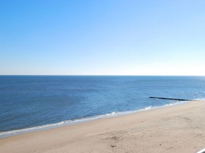 Photo for LINENS & DAILY ACTIVITIES INCLUDED*!  OCEANFRONT/BOARDWALK BUILDING W/ ROOFTOP POOL This unit is one of The Henlopen's and Rehoboth's few 3 bedroom and 3 full bathroom condos