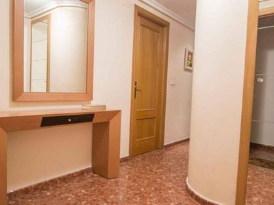 Photo for Great apartment easy access to Valencia center, beach & science city