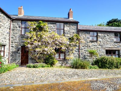Photo for Converted from former farm buildings in the grounds of a large house is Tresi Porffor a cottage cove