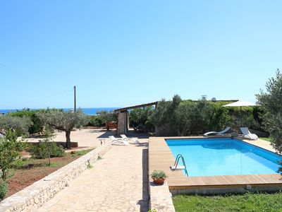 Photo for Salento, Maldives area, Trullo Elios with exclusive pool and Jacuzzi-air-conditioned