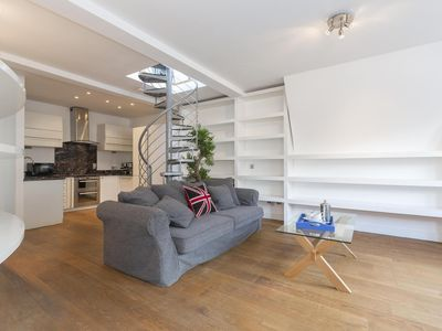 Photo for Berners Street - luxury 1 bedrooms serviced apartment - Travel Keys