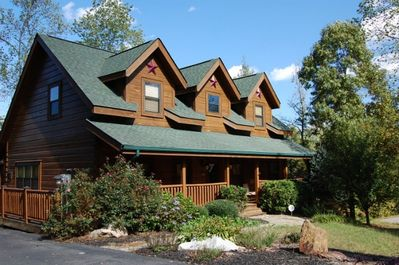 Beautiful, Luxury Cabin perfect for a Family Vacation - Pigeon Forge