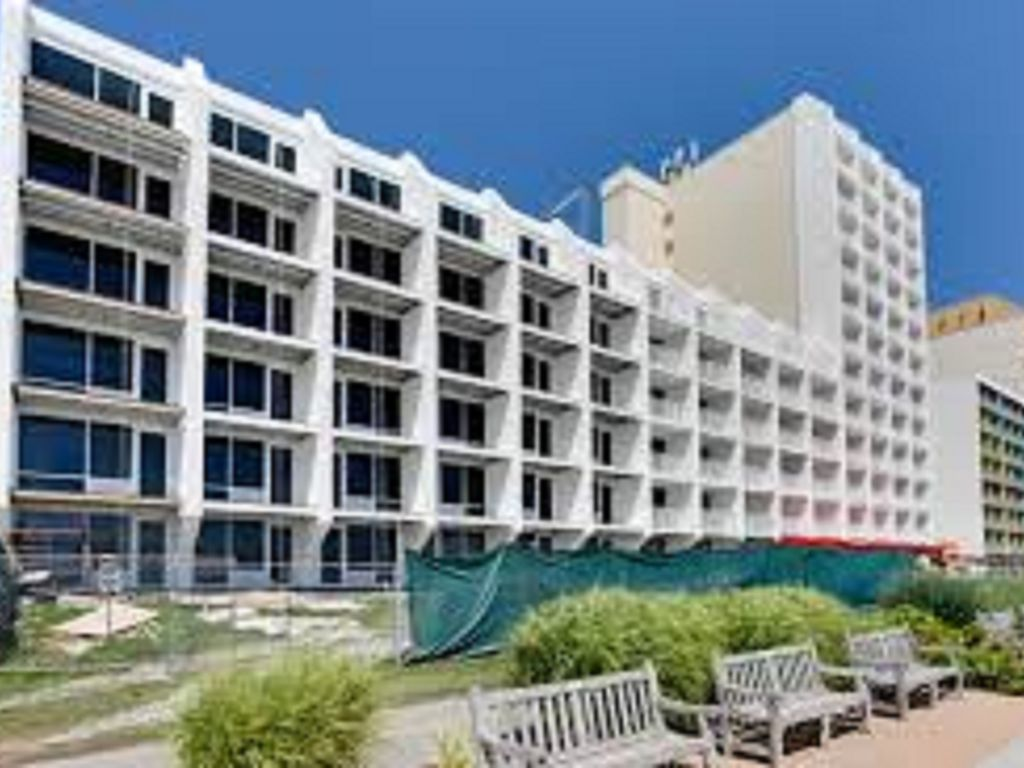 Oceanfront One Bedroom One Bath Condo In Virginia Beach Va 1 Br Vacation Condo For Rent In