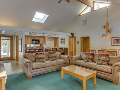 Photo for 4BR House Vacation Rental in Sunriver, Oregon
