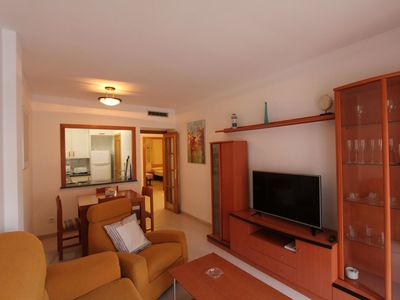 Photo for Nice apartment with WIFI, A/C, washing machine and parking