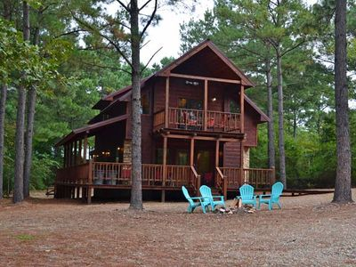 Photo for Silver Spur Cabin-2 bedroom, 2.5 Bath, Air hockey, Hot Tub, Fireplace & WIFI