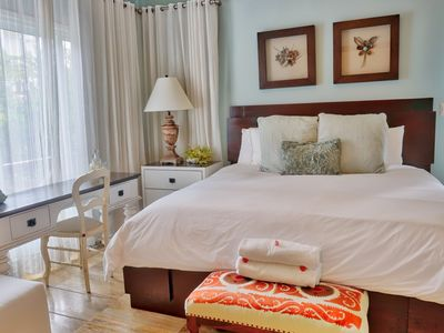 Photo for Wake Up in Paradise in Balcones. 1 BDR (2371)