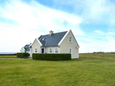 Photo for 8 LIOS NA SIOGA, with open fire in Belmullet, County Mayo, Ref 922156