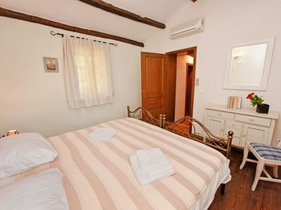 Photo for House in the center of Sveti Lovreč with Parking, Internet, Washing machine, Air conditioning (961819)