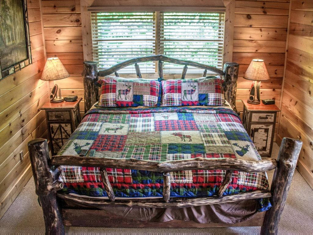 Comfortable Cabin With Scenic Views Perfect Romantic