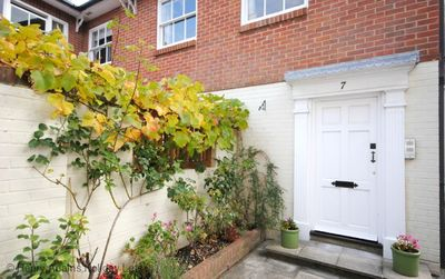 Photo for The Apartment , Chichester - sleeps 2 guests  in 1 bedroom