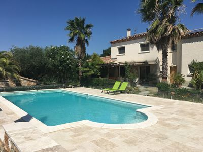 Photo for Villa with protected swimming pool, countryside, 14 persons, 6 bedrooms, comfortable