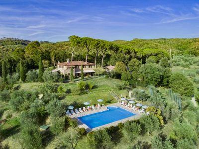 Photo for 2 bedroom Villa, sleeps 6 in Strada with Pool, Air Con and WiFi
