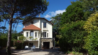 Photo for Beautiful villa of character 300 m from the beach of the center.