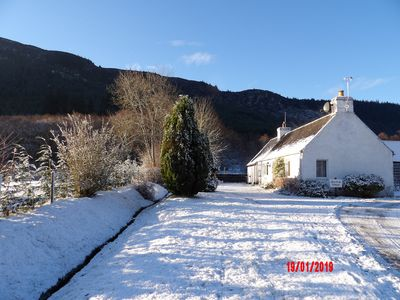 Photo for Glen Croft Cottage (sleeps 4) with hot tub, on the great glen nr Loch Ness