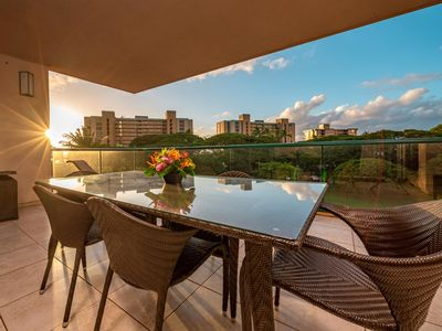Photo for K B M Hawaii: Ocean Views, Extra Large Suite 2 Bedroom, FREE car! Aug & Sep Specials From only $200!