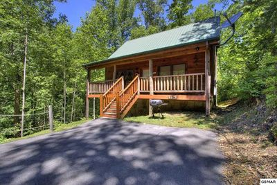 Front View of I DO Cabin