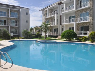 Photo for Seniors-friendly 2BD 2BTH groundfloor central condo, pool WIFI cable TV