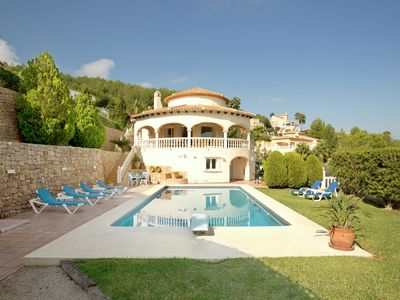 Photo for Villa with private swimming pool fantastic views of the golf complex of Denia