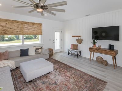 Photo for Oasis by the Beach, 2 master Suites, 2 living rooms, Heated pool, steps to ocean