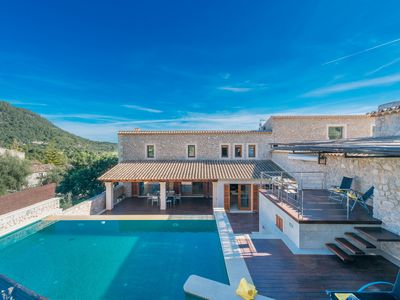 Photo for Modern and luxurous villa with private pool