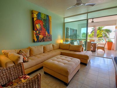 Photo for Nice condo at Colibri, 2 bedroom on the beach