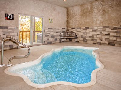 Photo for Newly constructed! Spacious 2 bed cabin, private pool, only 1 mile to strip!